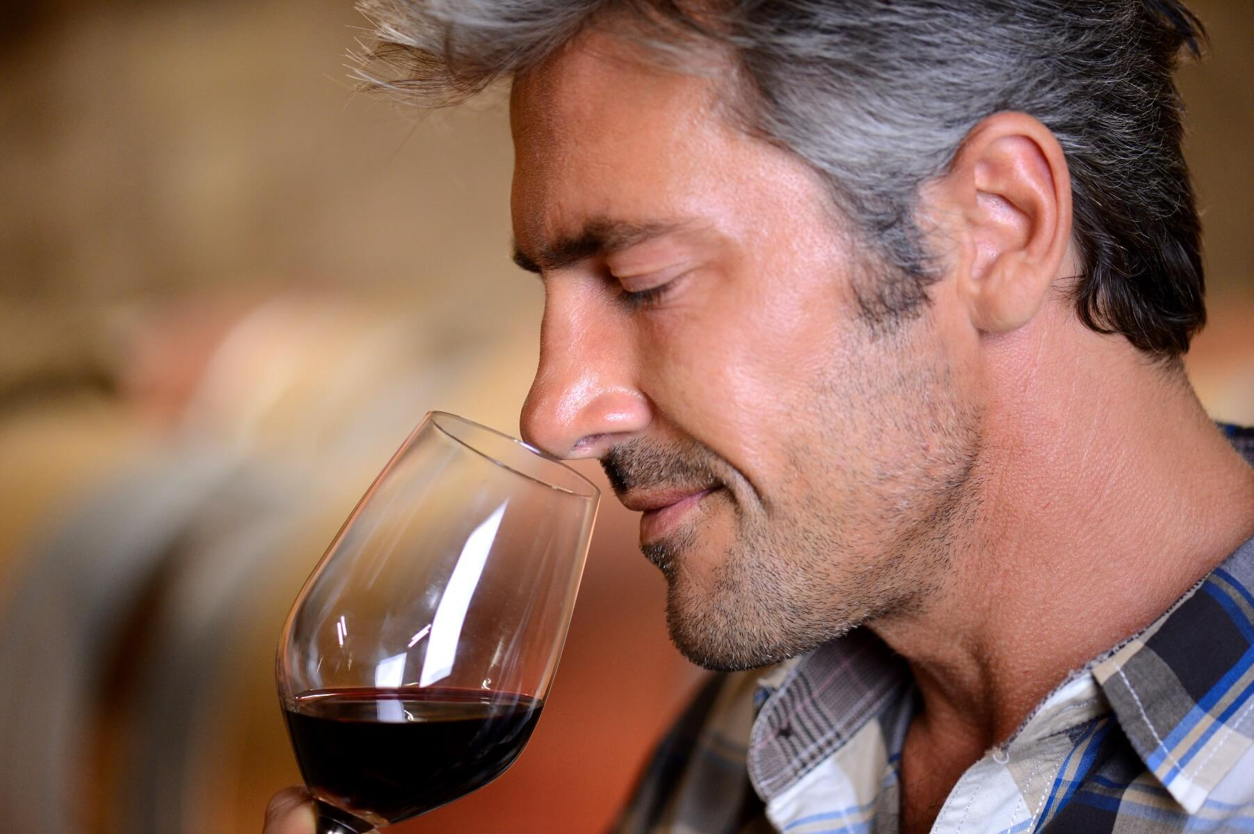 Five Steps to Becoming a Wine Expert
