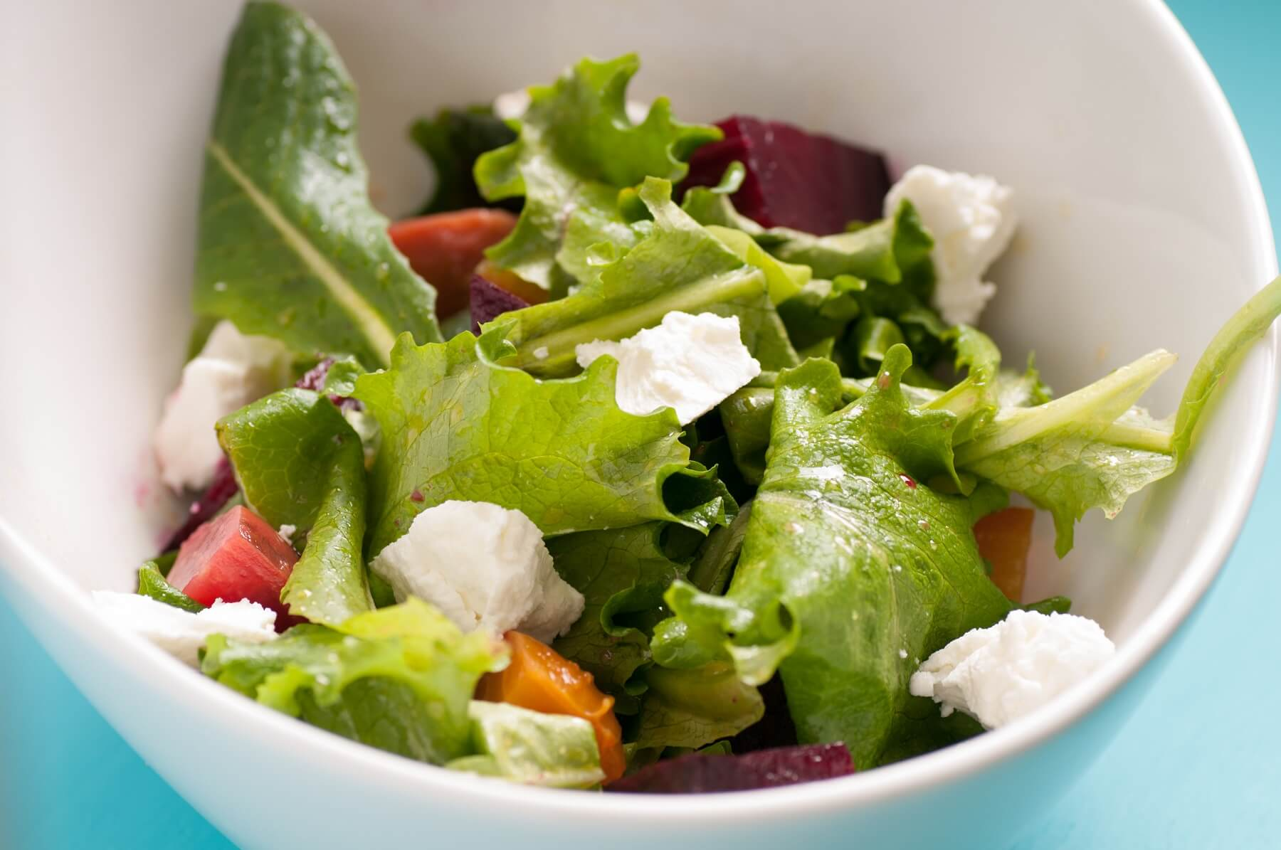 Grilled Lettuce and Goat's Cheese Salad Recipe