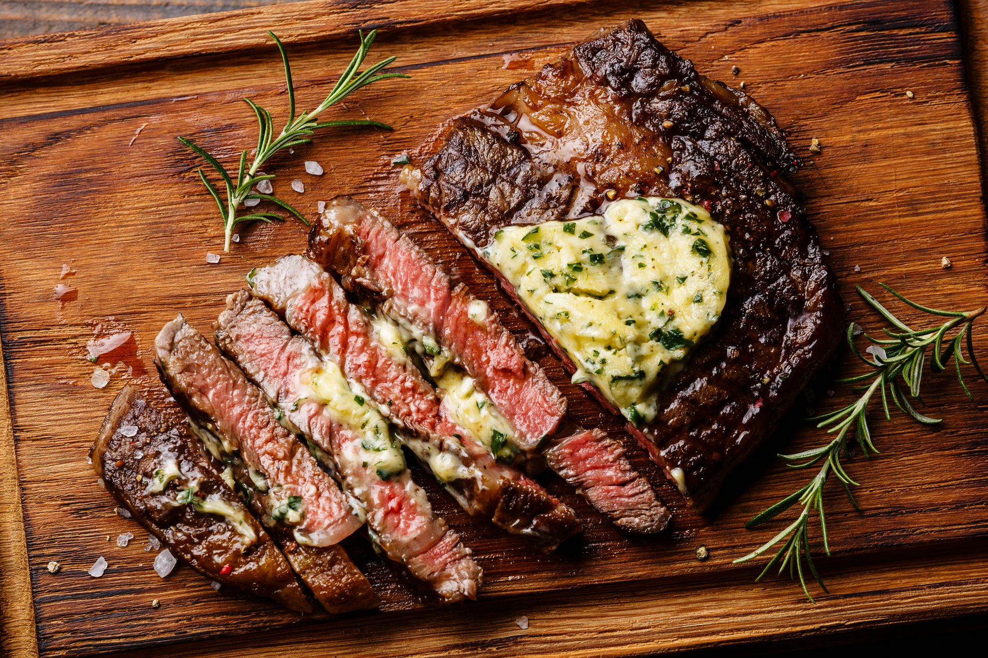 Paprika-rubbed Steak with Blue Cheese Butter