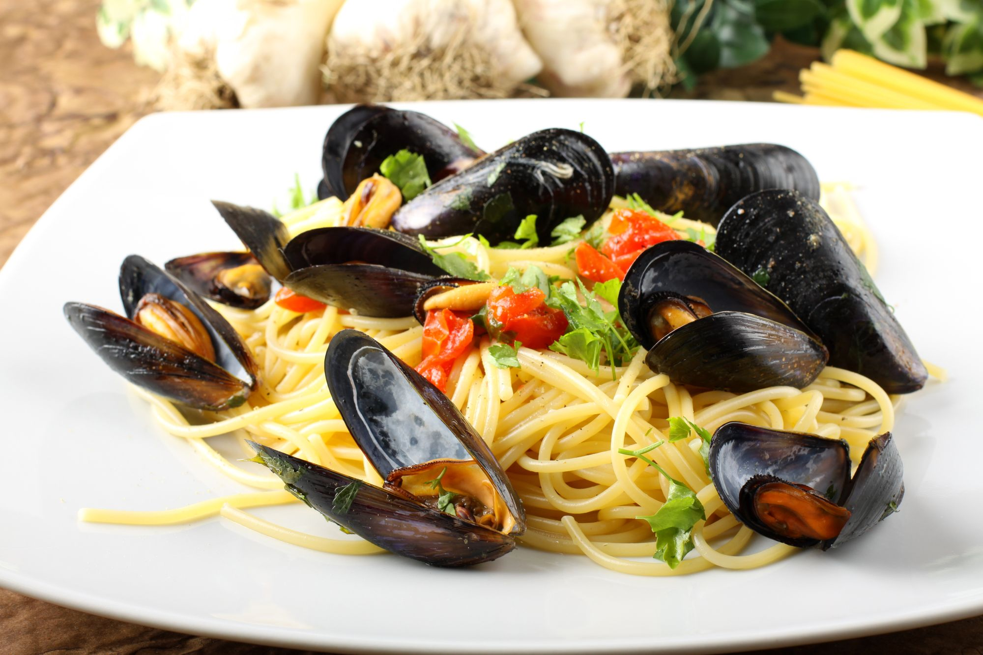 Mussels and Prawns Linguine